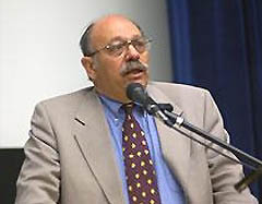 Dr. David Bearman (Photo: http://davidbearmanmd.com)