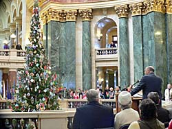 Tree lighting at state capitol (Photo: Jackie Johnson)