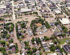 Fond du lac 061708 (Photo: Jamie Haack/American Red Cross)