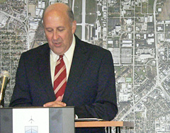 Governor Jim Doyle makes high speed rail announcement (Photo: Jackie Johnson)