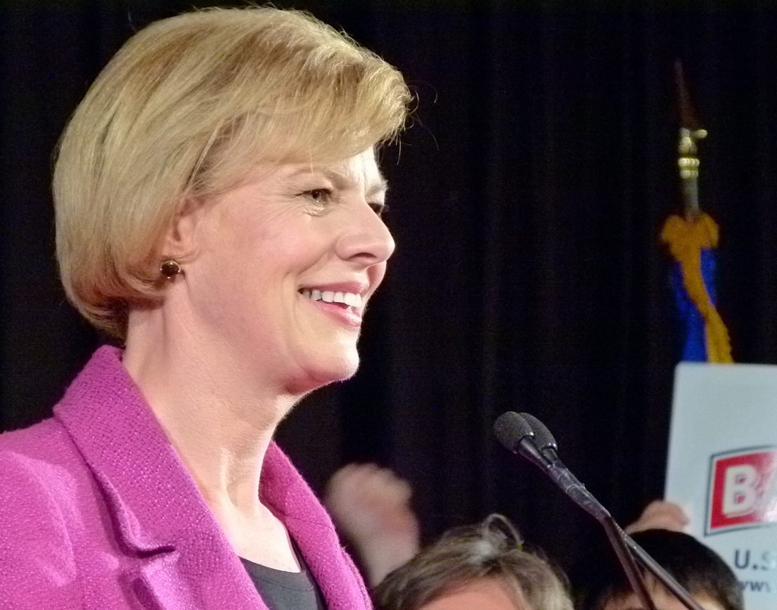 Tammy Baldwin gives victory speech to supporters in Madison. (PHOTO: Jackie Johnson)