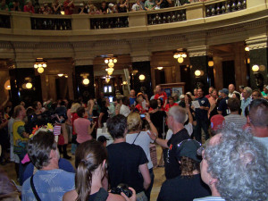 Solidarity Singers fill the Capitol rotunda. (Photo: Andrew Beckett)