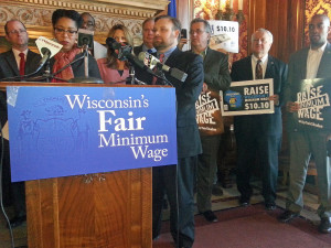 Wisconsin Democrats push for higher minimum wage (PHOTO: Jackie Johnson)
