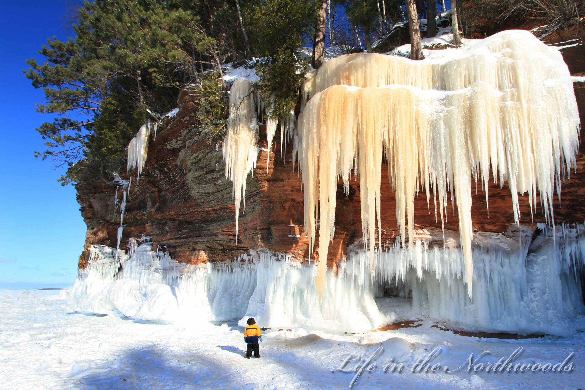 Lake Superior Ice Caves Could Boost Summer Tourism