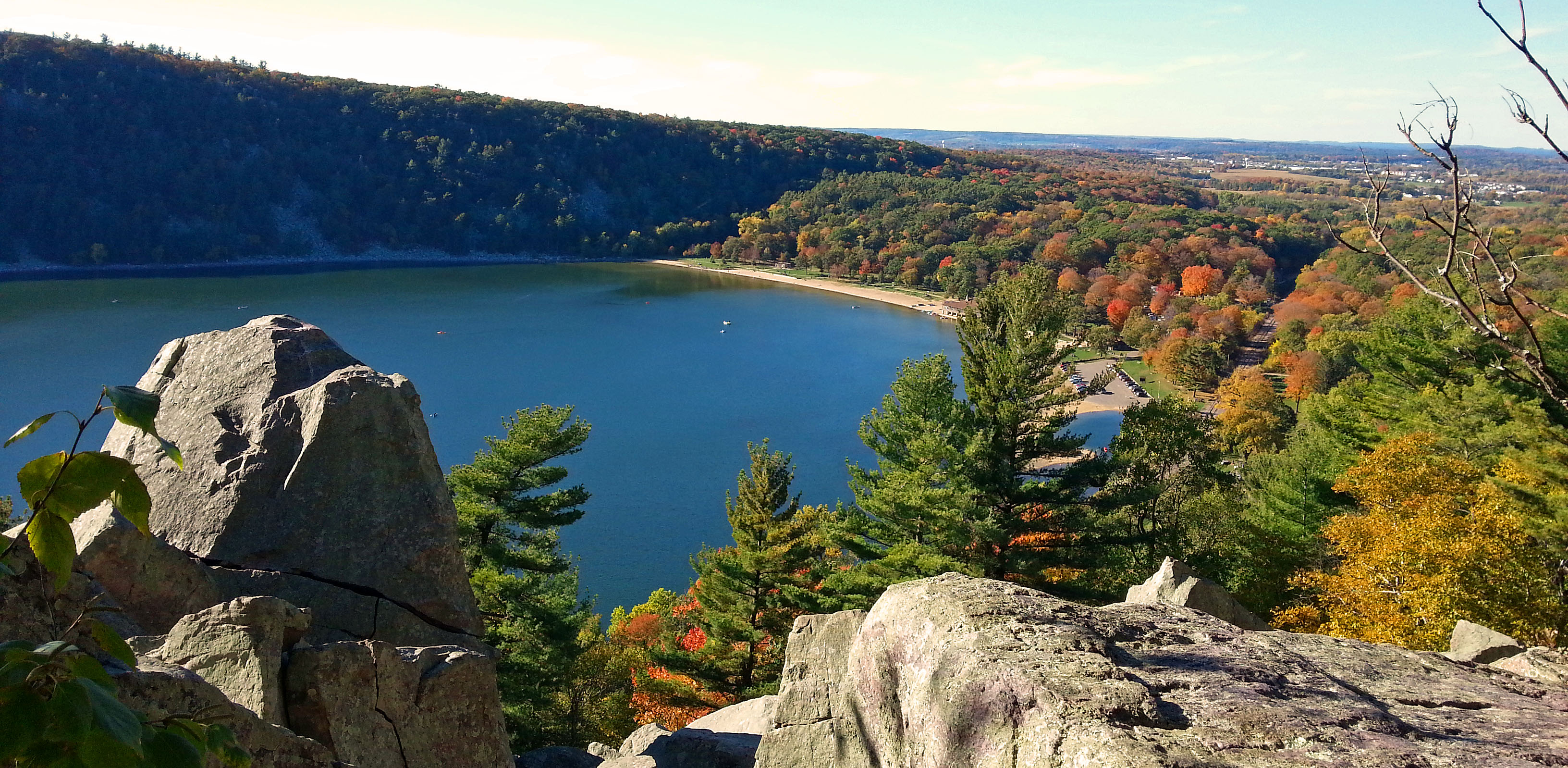 Embracing wisconsin state parks wisconsin radio network for Devils lake state park cabins