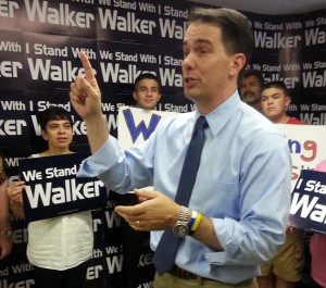 Gov. Scott Walker speaks to supporters at a campaign event. (Photo: Andrew Beckett)