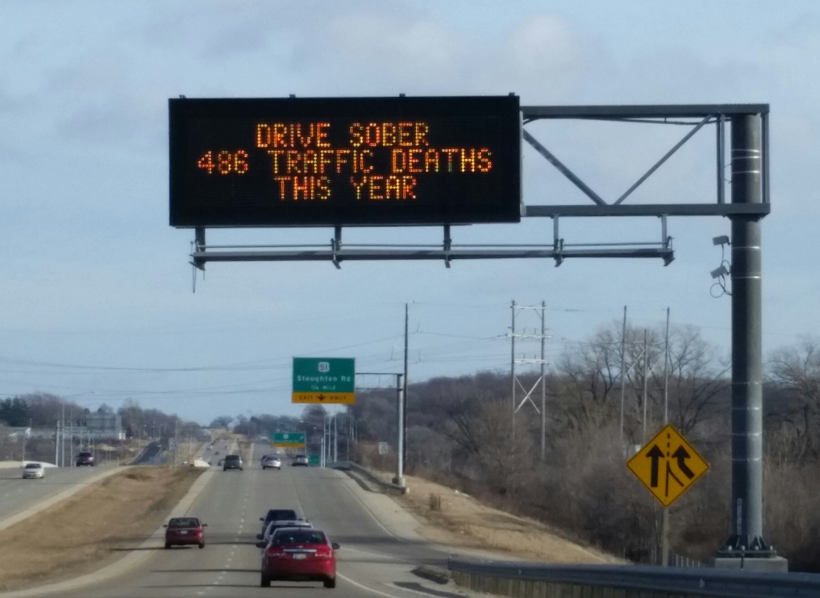 Dynamic Message Signs Remind Motorists Of Road Fatalities