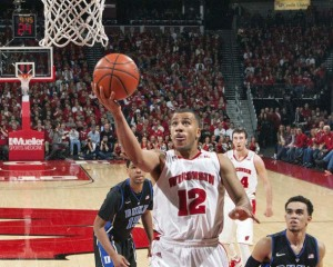 Traevon Jackson scores 2 of his 25 points / Photo: David Stluka - UW Badgers.com