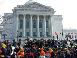 Unions protest right-to-work legislation at the Wisconsin Capitol. (Photo: Andrew Beckett)