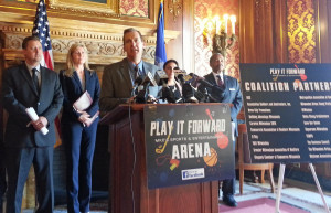 Groups urge lawmakers to back a new Milwaukee arena. (Photo: Andrew Beckett)