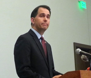 Gov. Scott Walker announces he's suspending his presidential campaign. (Photo: Andrew Beckett)