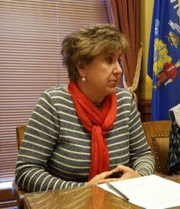Sen. Jennifer Shilling (D-La Crosse)