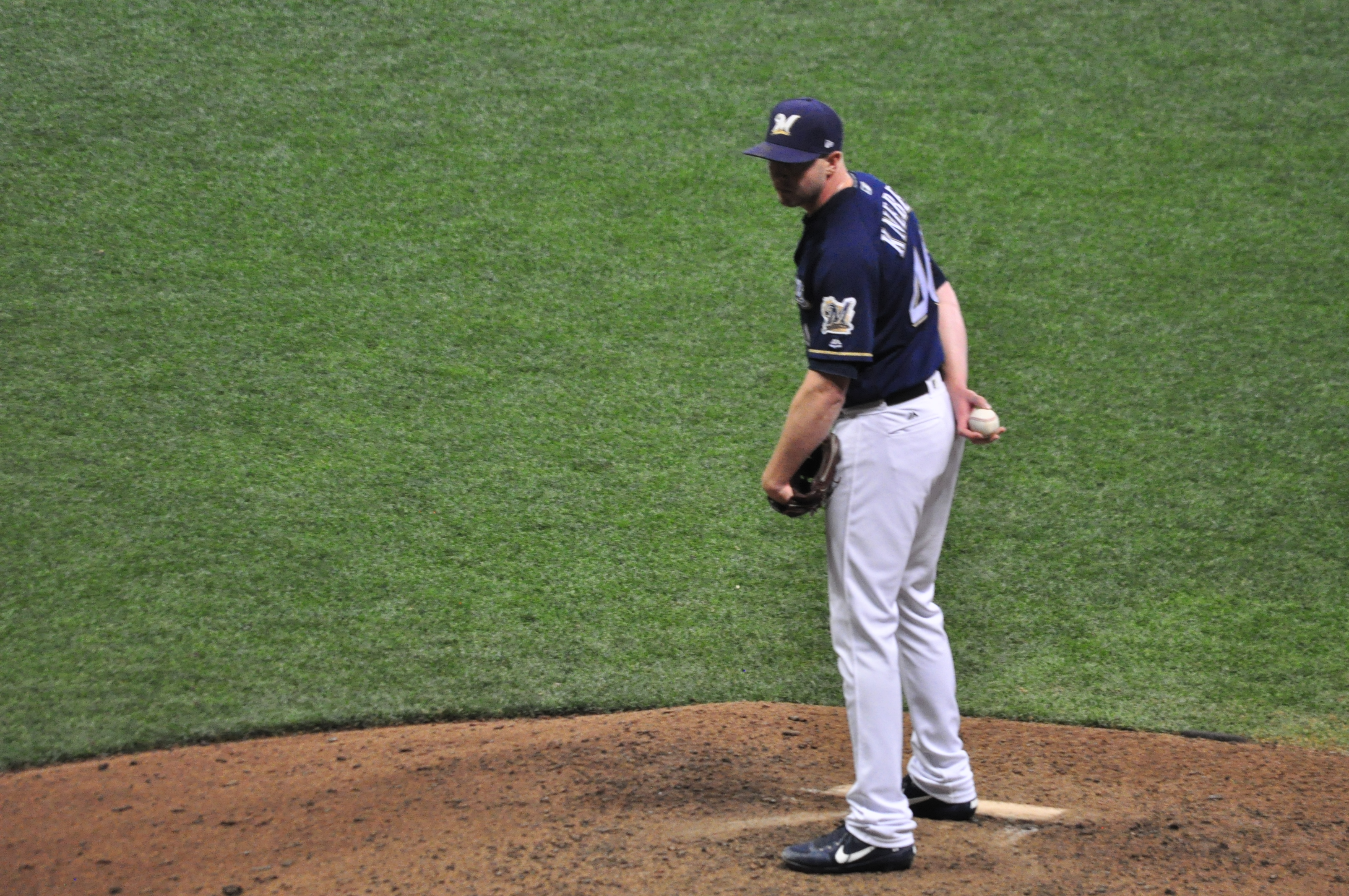 Three run seventh inning sparks Brewers rally past Pittsburgh