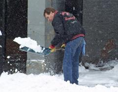 shoveling.jpg