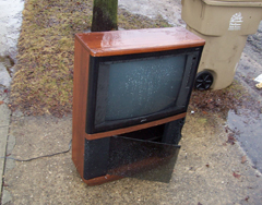 Thousand of old televisions end up in Wisconsin landfiills