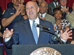 Wisconsin Governor Jim Doyle announcing he won't seek a third term. IMAGE: WRN