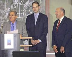 Transportation Secretary Frank Busalacchi (left) with Governor Jim Doyle (right)