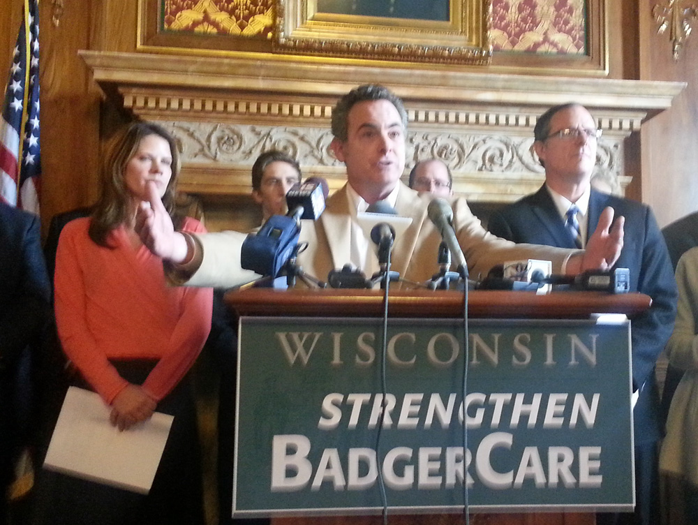 Democrats plan to introduce a bill requiring the state to seek federal Medicaid dollars. (PHOTO: Andrew Beckett)