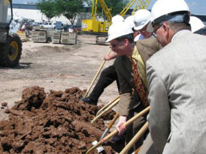 Officials break ground on an expansion at Mercury Marine (Photo: Bob Nelson)