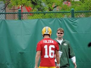 Scott Tolzien working with QB's coach Ben McADOO
