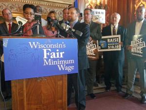 Wisconsin Democrats push for higher minimum wage (PHOTO: Jackie Johnson)