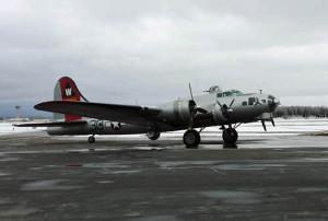 B-17 PHOTO; WHBY