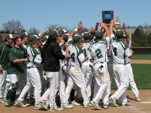 St. Norbert College wins 2014 Midwest Conference Tournament title