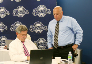 Doug Melvin & Bruce Seid (right) during 2009 draft. PHOTO: Brewers.mlblogs.com