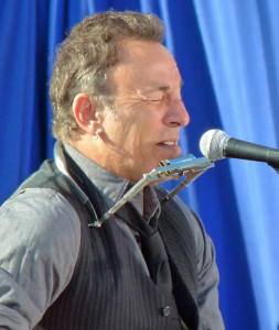 Bruce Springsteen performs at campaign event in Madison in 2012 for President Obama (PHOTO: Jackie Johnson)