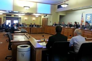 Gov. Scott Walker addresses Senate Republicans (Photo: WRN)