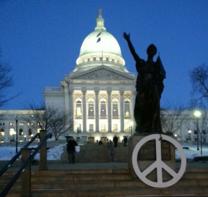 The Wisconsin Capitol building (Photo: Andrew Beckett)