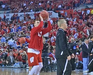 Sam Dekker warming up before the NCAA title game.