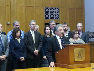 Madison Mayor Paul Soglin and other local officials react to plant closure (Photo: Andrew Beckett)