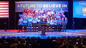Sen. Bernie Sanders (D-VT) campaigns in Madison. (Photo: Andrew Beckett)