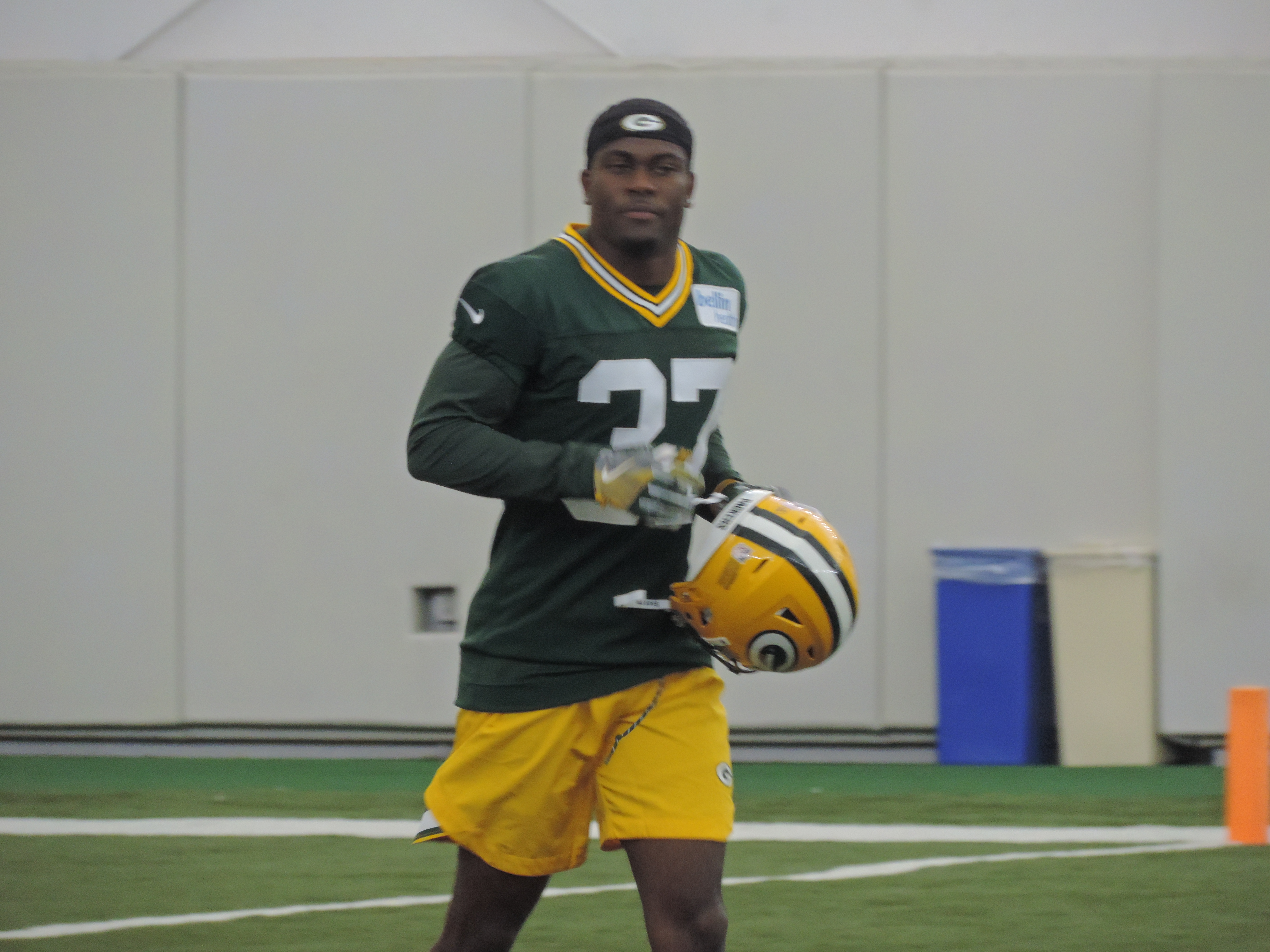 Jackson signs deal with Packers